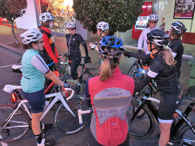 Cycles Galleria women's hop ride Williamstown Pre ride chat